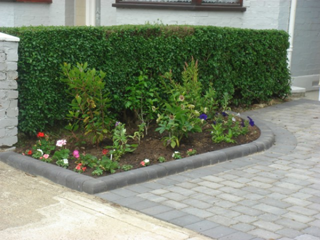 driveway and edging